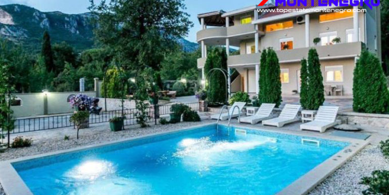 RN2218-Luxury villa with pool Podi, Herceg Novi-Top Estate Montenegro