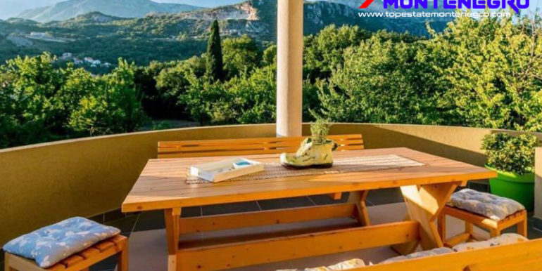 RN2218-Villa with large plot Podi, Herceg Novi-Top Estate Montenegro