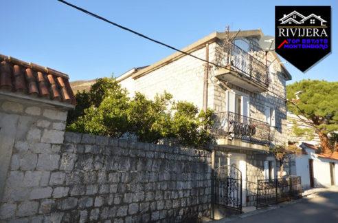 Zanimljiva kamena kuća Bijela, Herceg Novi-Top Nekretnine Crna Gora