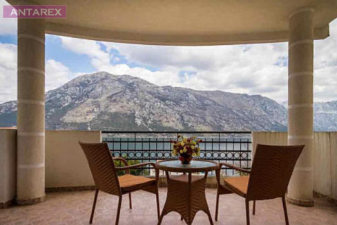 Luxury apartment in the village Stoliv, Kotor-Top Estate Montenegro