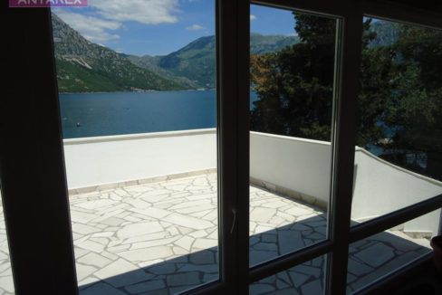 Villa on the coast line Kostanjica, Kotor-Top Estate Montenegro