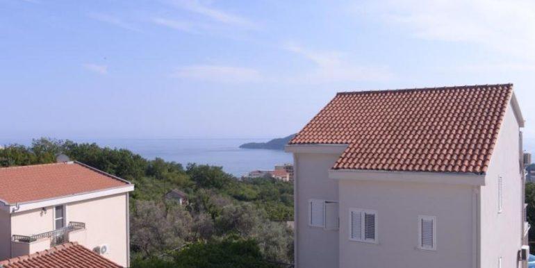 Новая вилла с бассейном и видом на море Бечичи, Будва-Топ недвижимости Черногории