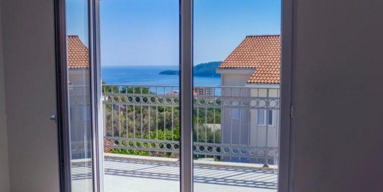Attraktive new house Becici, Budva-Top Estate Montenegro