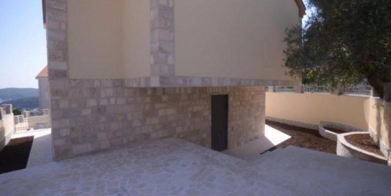 Nova vila sa bazenom i pogledom na more Bečići, Budva-Top Nekretnine Crna Gora
