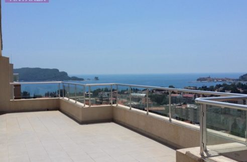 Apartment with wonderful terrace Budva-Top Estate Montenegro