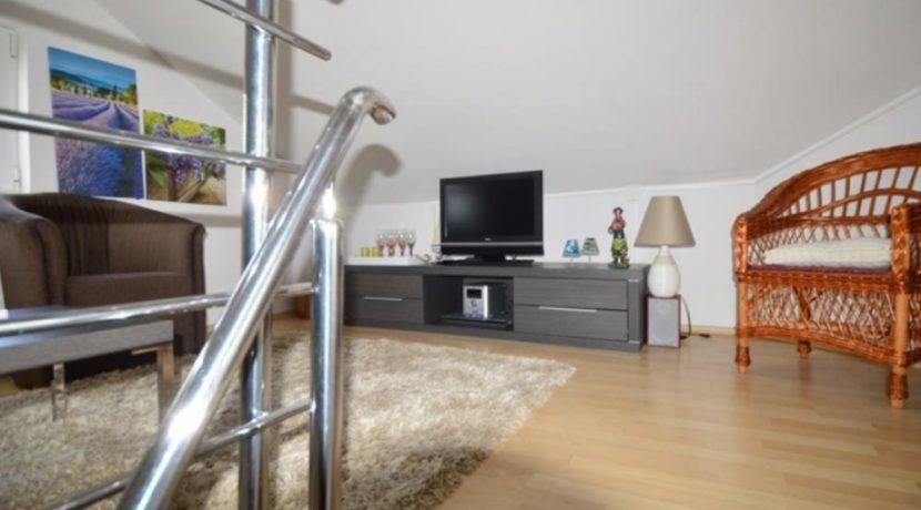 Квартира в комплексе Кумбор, Герцег Нови-Топ недвижимости Черногории