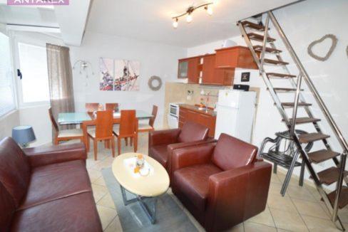 Drei Zimmer Maisonette Wohnung Kumbor, Herceg Novi-Top Immobilien Montenegro