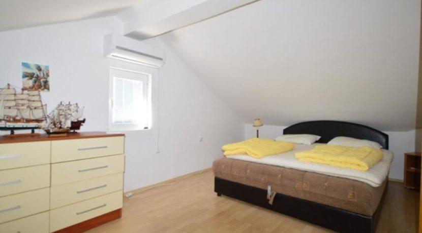 Large apartment on two levels Kumbor, Herceg Novi-Top Estate Montenegro