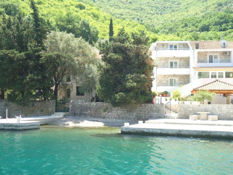 Attractive Villa on the coast line Kotor