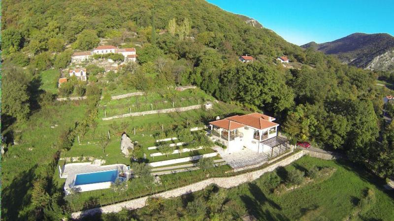 Villa with swimming pool area, Herceg Novi
