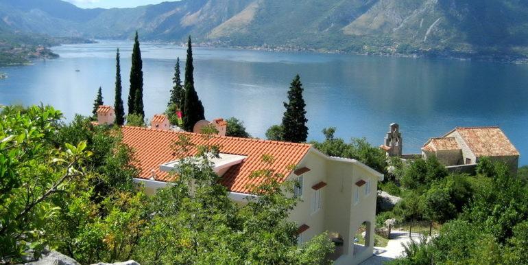 Nekretnine Orahovac Kotor-Top Estate Montenegro