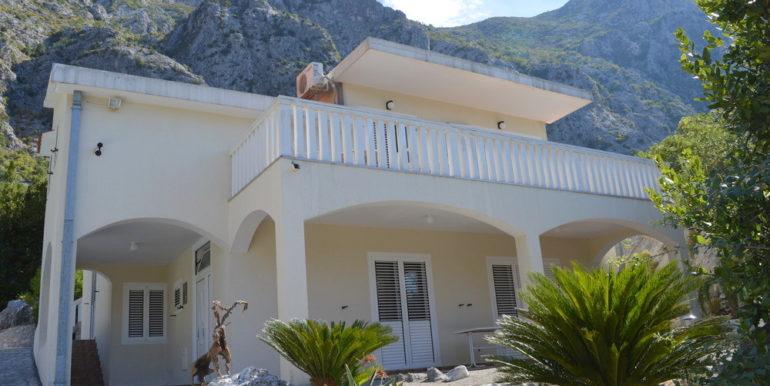 Real estate Orahovac Kotor-Top Estate Montenegro