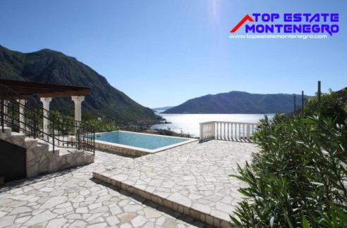 Beautiful house with pool Risan, Kotor-Top Estate Montenegro