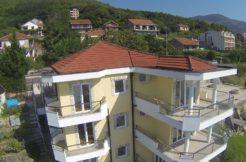 Роскошные апартаменты Биела, Герцег Нови-Топ недвижимости Черногории