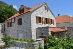 Прекрасный дом с видом на море Пераст, Котор-Топ недвижимости Черногории