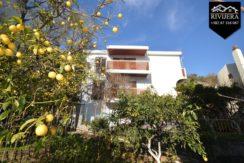 House with apartments Igalo, Herceg Novi-Top Estate Montenegro