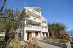 House with apartments Djenovici, Herceg Novi-Top Estate Montenegro