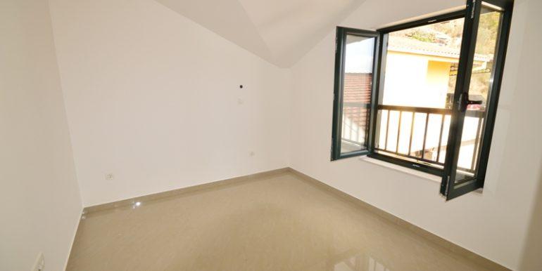 Новая трехкомнатная квартира новое строительство Игало, Герцег Нови-Топ недвижимости Черногории