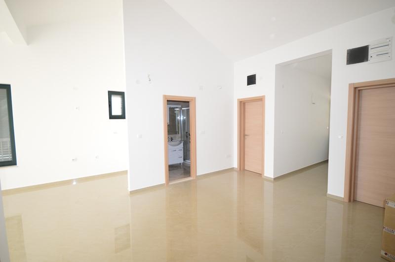 Новая трёхкомнатная квартира, Игало, Герцег-Нови