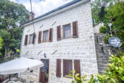 Каменный дом Пераст, Котор-Топ недвижимости Черногории