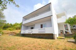 Kuća sa dvorištem Mrčevac, Tivat-Top Nekretnine Crna Gora