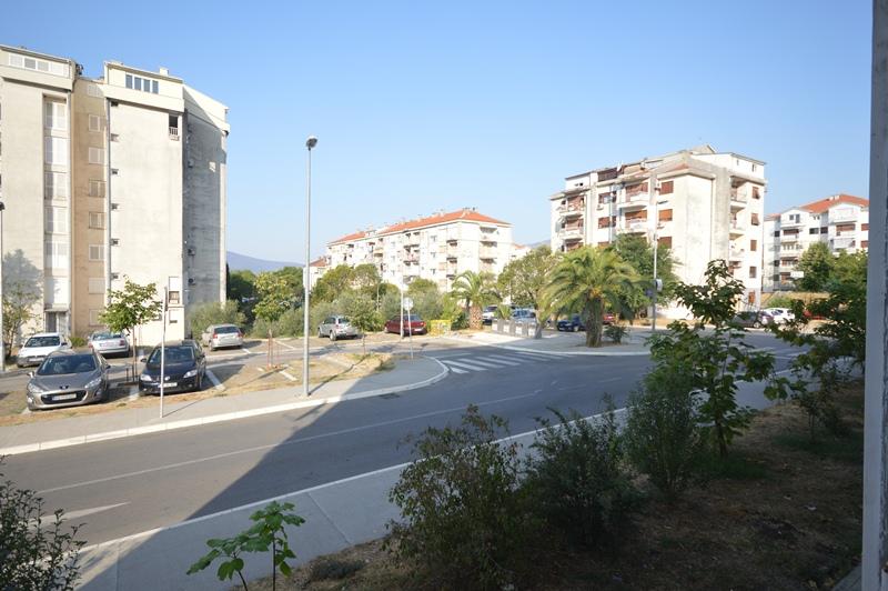 wohnung f r renovierung seljanovo tivat top immobilien montenegro. Black Bedroom Furniture Sets. Home Design Ideas