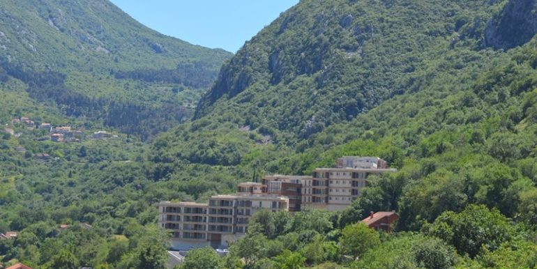 Однокомнатная квартира с парковкой Шкалйари, Котор-Топ недвижимости Черногории