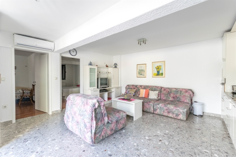 haus mit garage affordable haus mit garage die moderne garage home page carceffo moderne. Black Bedroom Furniture Sets. Home Design Ideas