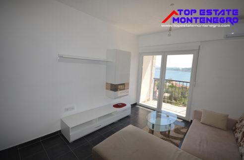 Солнечная квартира с двумя спальнями Дженовичи, Герцег Нови-Топ недвижимости Черногории