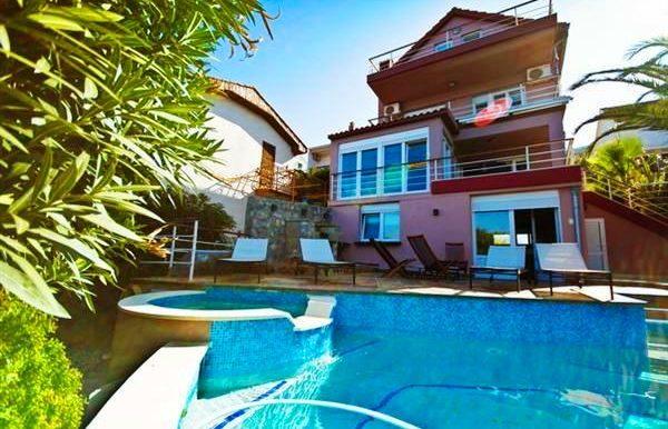 Attractive luxury villa with pool Krasici, Tivat-Top Estate Montenegro