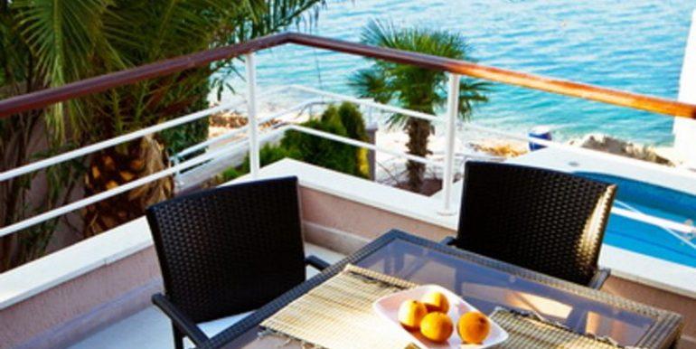Komfortable Luxusvilla Krasici, Tivat-Top Immobilien Montenegro