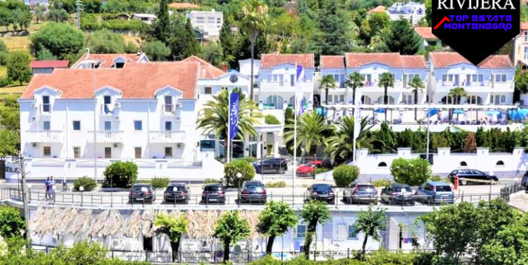Роскошный четырехзвездочный отель Кумбор, Герцег Нови-Топ недвижимости Черногории