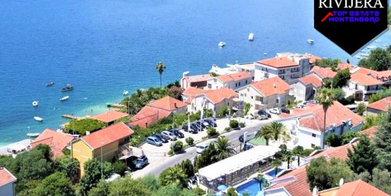 4 звездочный отель с 100 кроватями Кумбор, Герцег Нови-Топ недвижимости Черногории