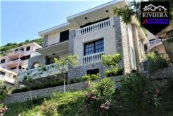 Привлекательная роскошная вилла Костанйица, Котор-Топ недвижимости Черногории