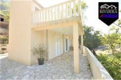 Haus mit zwei Wohnungen Ljuta, Kotor-Top Immobilien Montenegro