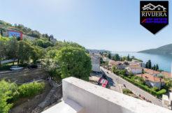 Trosoban stan sa pogledom na more Topla, Herceg Novi-Top Nekretnine Crna Gora