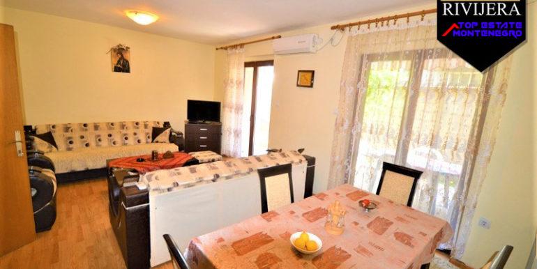 Atraktivna kuća sa apartmanima Bijela, Herceg Novi-Top Nekretnine Crna Gora