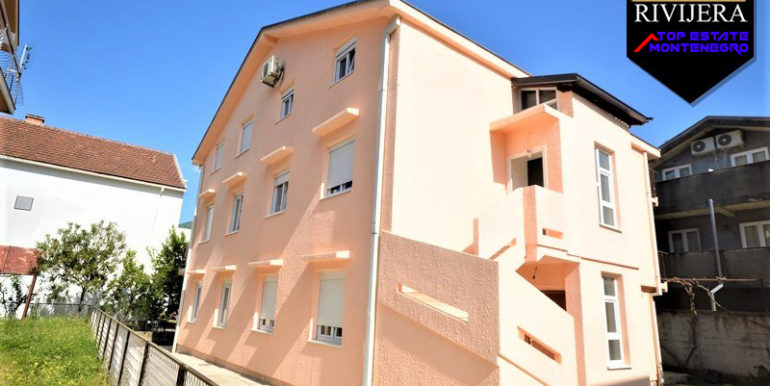 House with five flats Bijela, Herceg Novi-Top Estate Montenegro