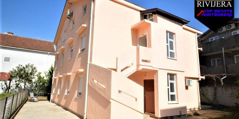 Kuća sa pet apartmana Bijela, Herceg Novi-Top Nekretnine Crna Gora