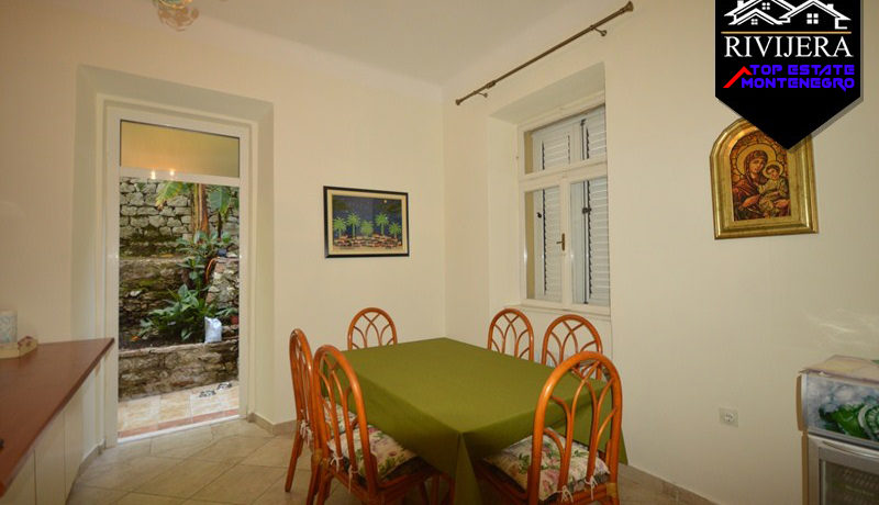 Beautiful house with two apartments Center, Herceg Novi-Top Estate Montenegro