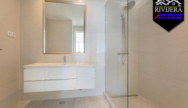 Attraktive Zwei Zimmer Wohnung Lustica Bay, Tivat-Top Immobilien Montenegro