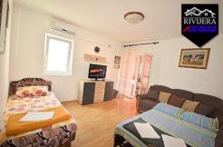 Möblierte Ein Zimmer Wohnung Igalo, Herceg Novi-Top Immobilien Montenegro