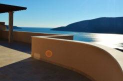 attractive_apartment_with_a_big_terrace_topla_herceg_novi_top_estate_montenegro.jpg
