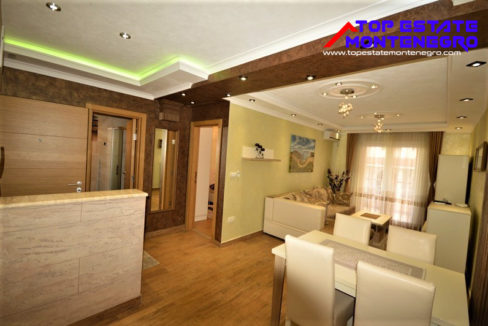 luxury_apartment_near_sea_djenovici_herceg_novi_top_estate_montenegro.jpg