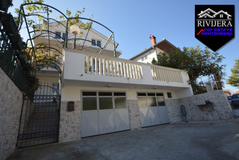Family house in Bajkovina, Igalo, Herceg Novi-Top Estate Montenegro