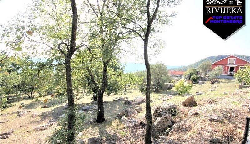 haus_außerhalb_der_stadt_trebesin_herceg_novi_top_immobilien_montenegro.jpg