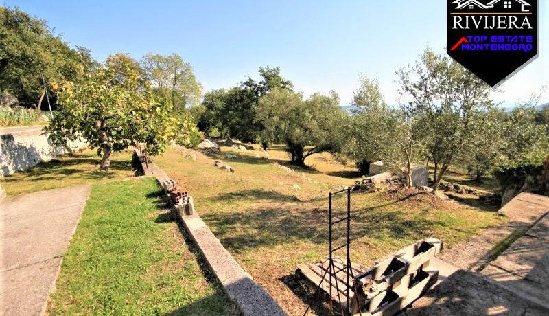 haus_mit_land_trebesin_herceg_novi_top_immobilien_montenegro.jpg
