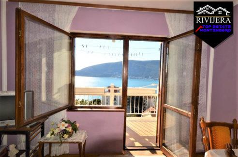 Stan sa pogledom na more Crveni Krst, Herceg Novi-Top Nekretnine Crna Gora