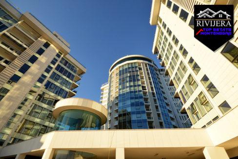 Modern apartment in a complex Budva-Top Estate Montenegro