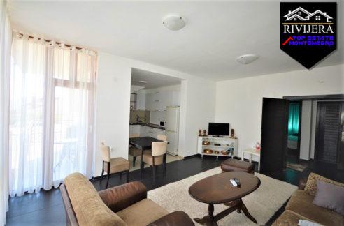 Zwei Zimmer Wohnung Srbina, Herceg Novi-Top Estate Montenegro